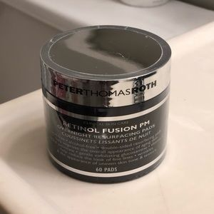 Peter Thomas Roth Retinol PM pads ⭐️🖤 Brand New!